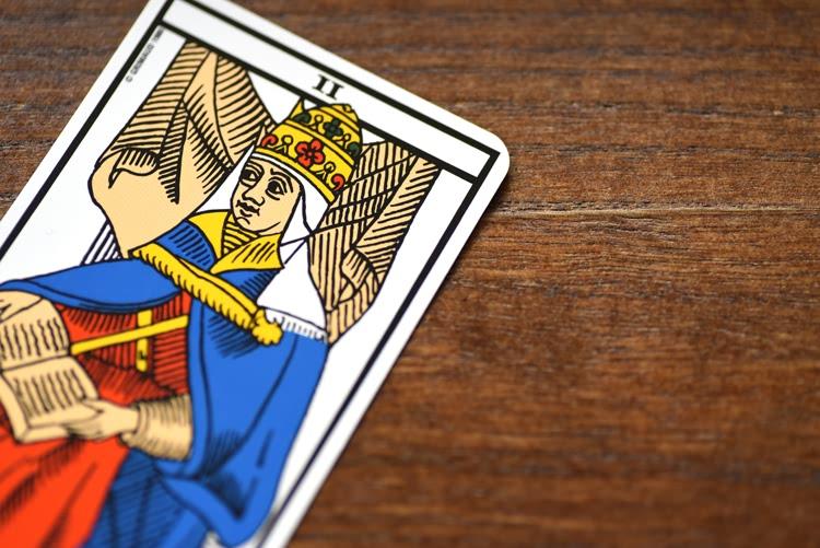 Le nombre de la carte de La Papesse