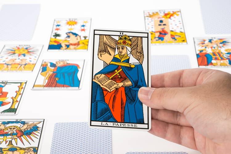 Signification de La Papesse dans le tarot
