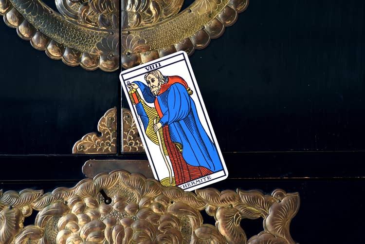 Le nom de L'Hermite dans le tarot