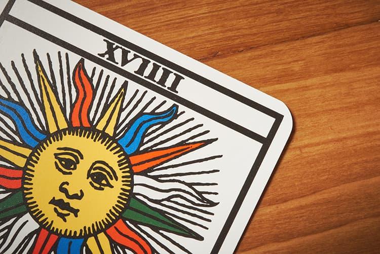 detail de la carte de tarot Le Soleil